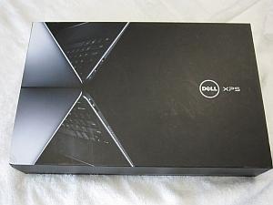 Dell XPS 13 Ultrabookのパッケージ